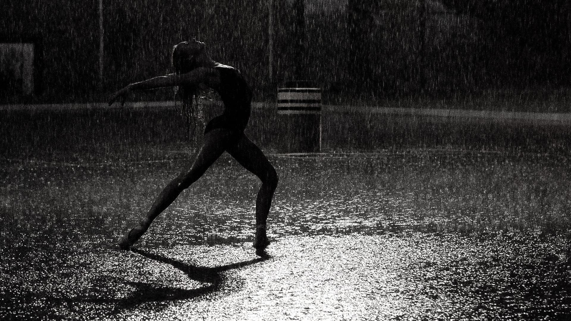 rain dream meaning, dream about rain, rain dream interpretation, seeing in a dream rain