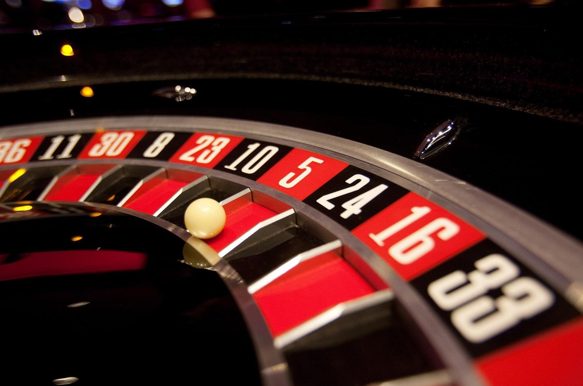 gamble dream meaning, dream about gamble, gamble dream interpretation, seeing in a dream gamble